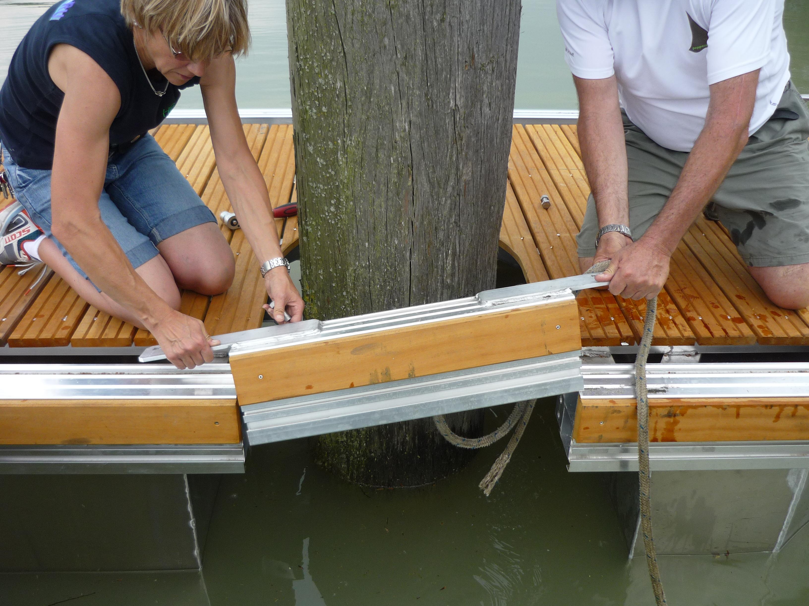 Drijvende steigers die duurzaam en stabiel zijn voor jachthavens