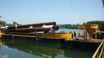 Metalu Holland levert drijvende steigers voor de uitbreiding van een jachthaven in Offendorf, Frankrijk.