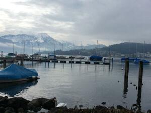 Nieuwe drijvende steiger Yacht Club Luzern